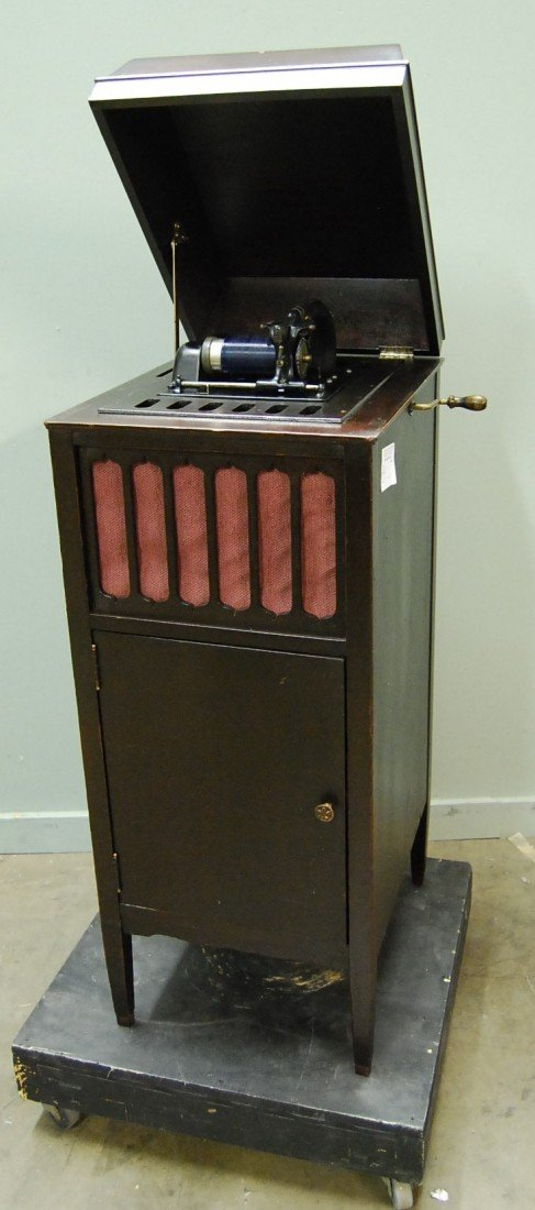 332: EDISON AMBEROLA MODEL 75 CYLINDER PLAYER