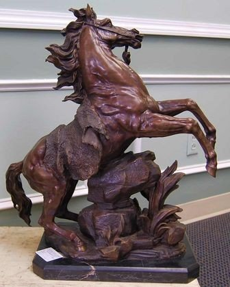 107: BRONZE GUILLIME HORSE & RIDER ON MARBLE PLINTH - 2