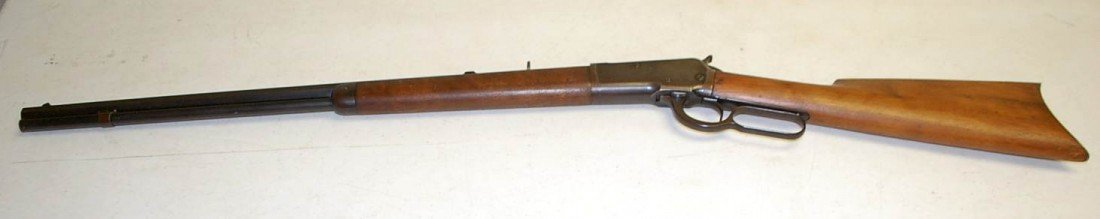 006: EARLY WINCHESTER 25-20 OCTAGONAL RIFLE