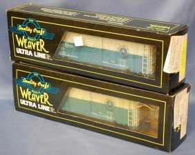 TWO WEAVER ULTRA LINE BOX CARS