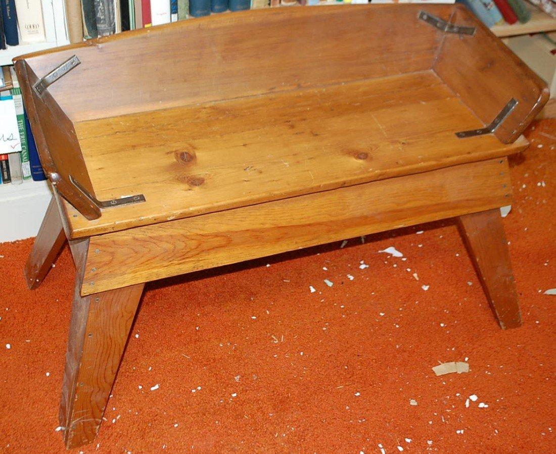 006: OLD BUGGY SEAT ON BASE