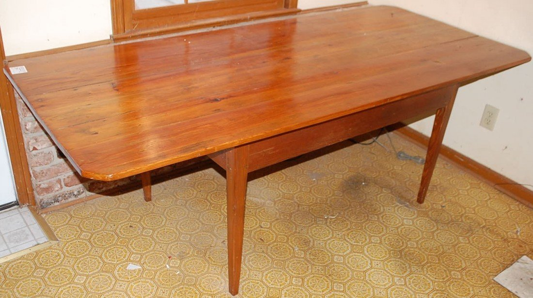 012: HEART PINE DINING TABLE