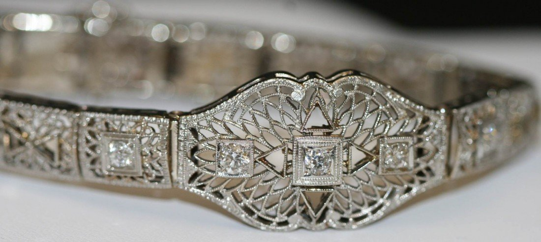 033: 1920's VINTAGE 14K WHITE GOLD FILIGREE DIAMOND BRA