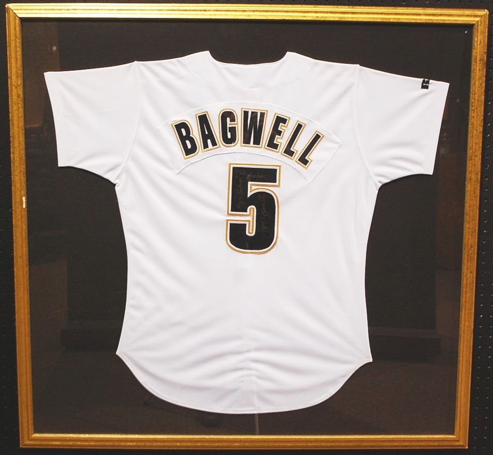 003: AUTOGRAPHED JEFF BAGWELL FRAMED JERSEY