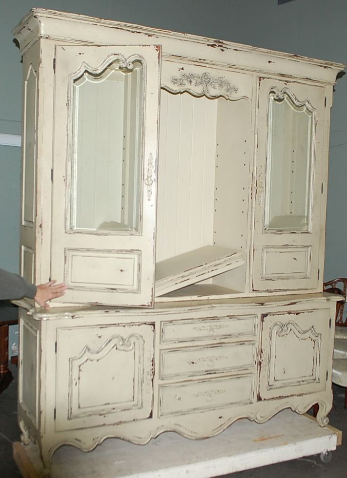 016: CONTEMPERARY PAINTED FRENCH CUPBOARD