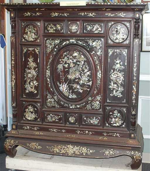 Unique Mother Of Pearl Cabinet: 064: ORIENTAL MOTHER OF PEARL INLAID CABINET