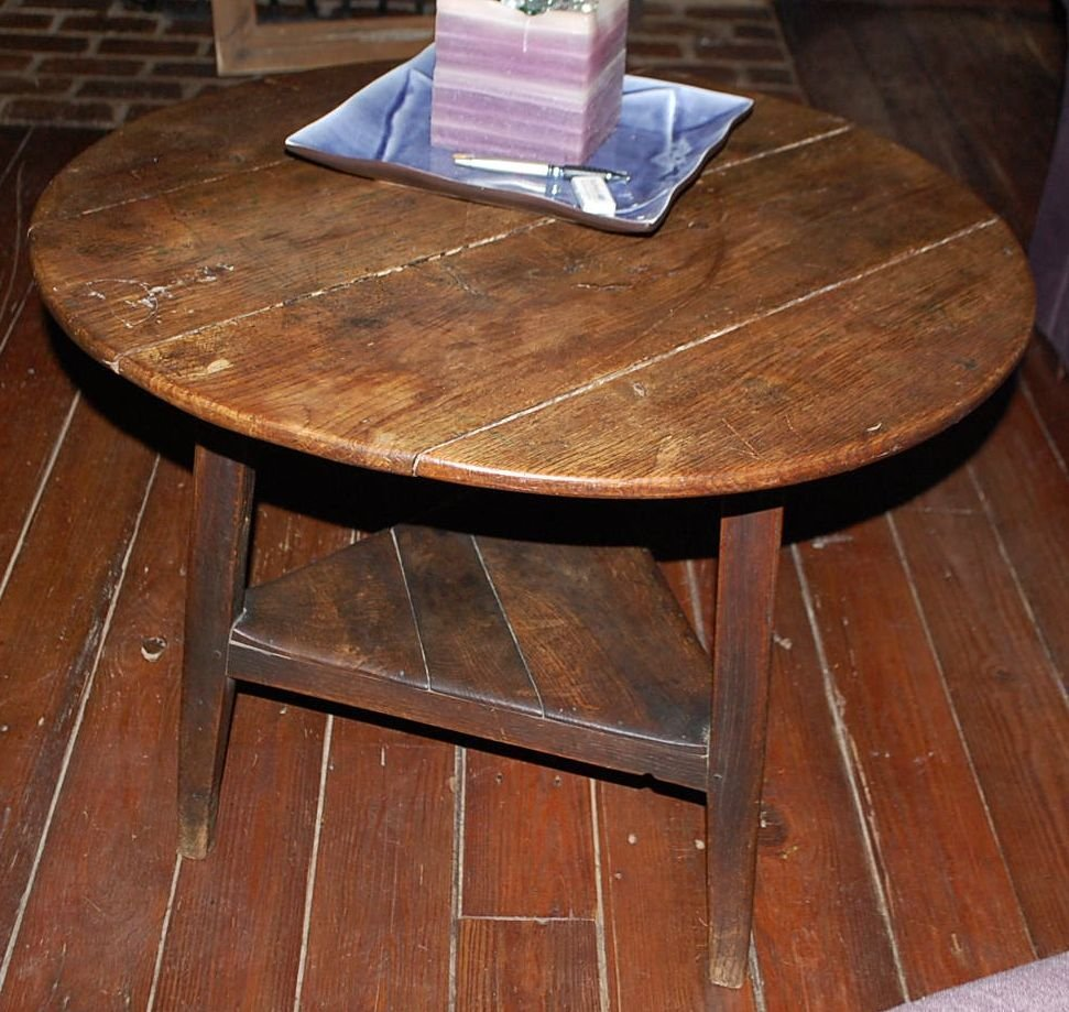 EARLY ENGLISH CRICKET TABLE