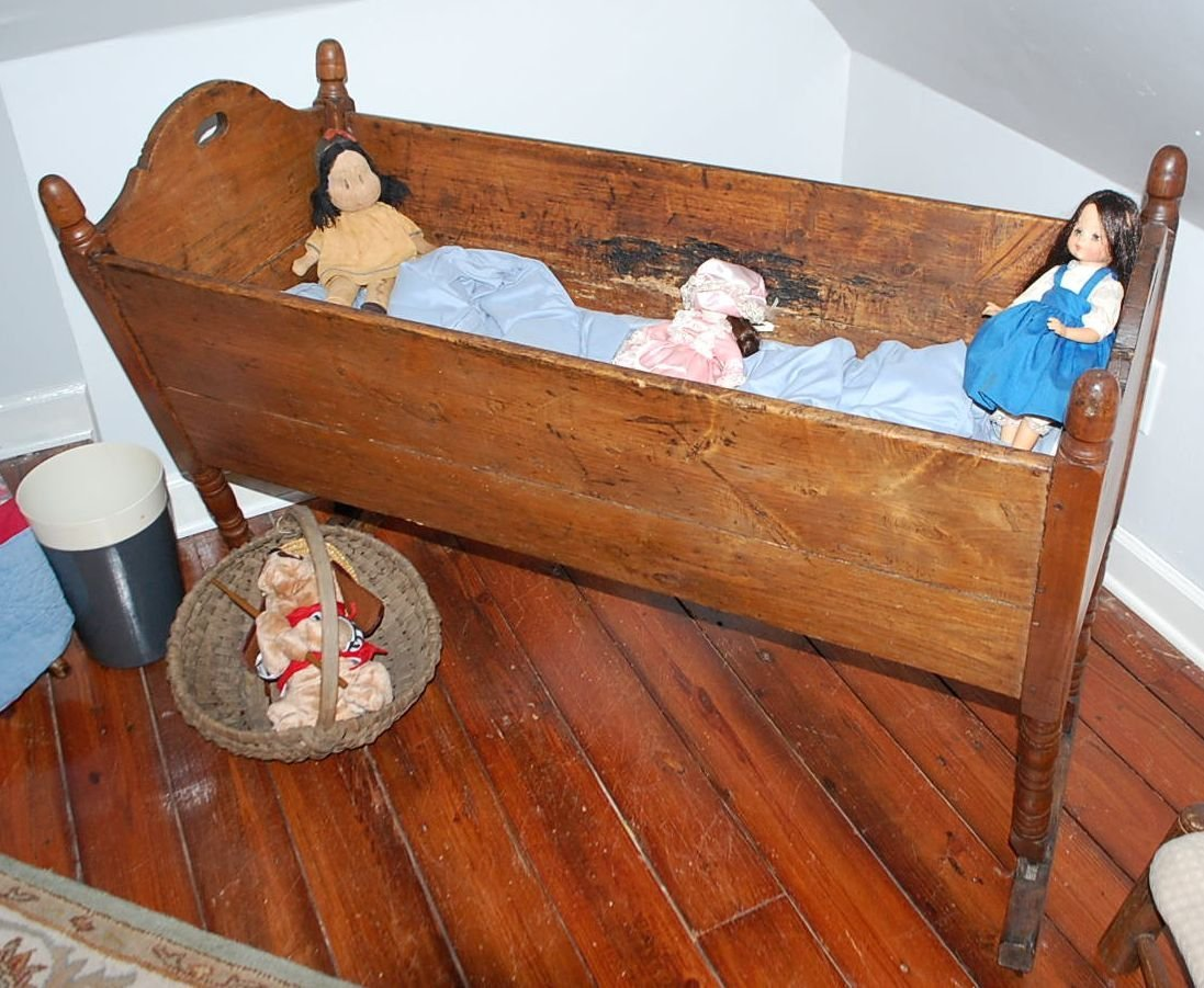 EARLY BABY CRADLE