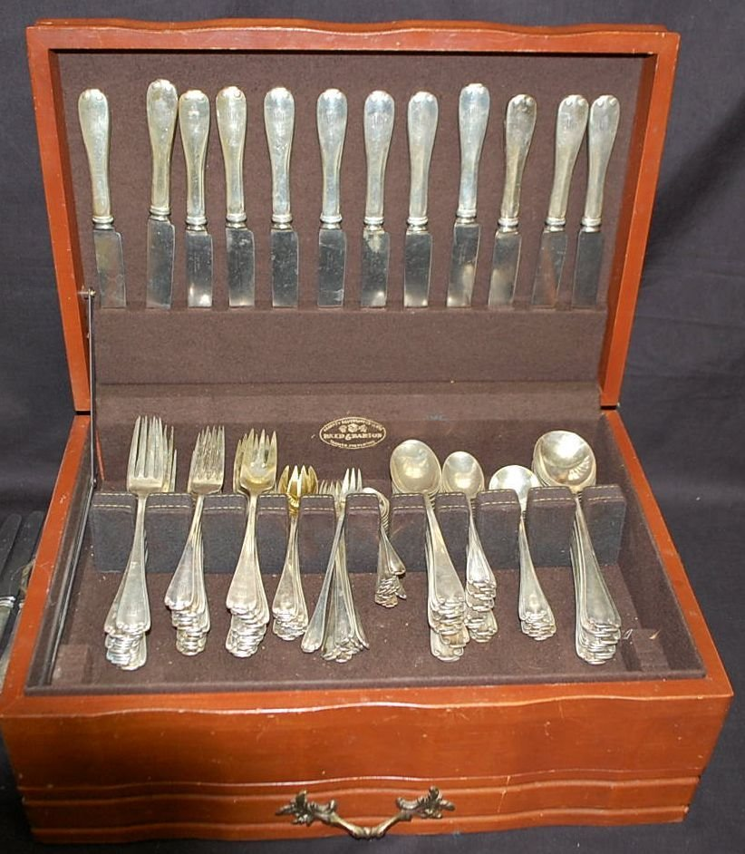 SET OF TIFFANY & CO STERLING SILVER FLATWARE