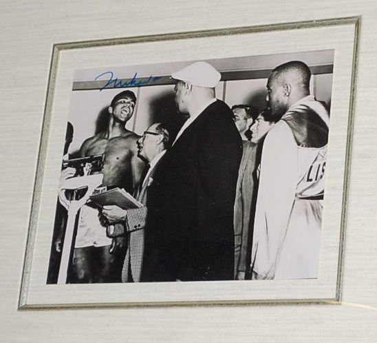AUTOGRAPHED MOHAMID ALI PIC