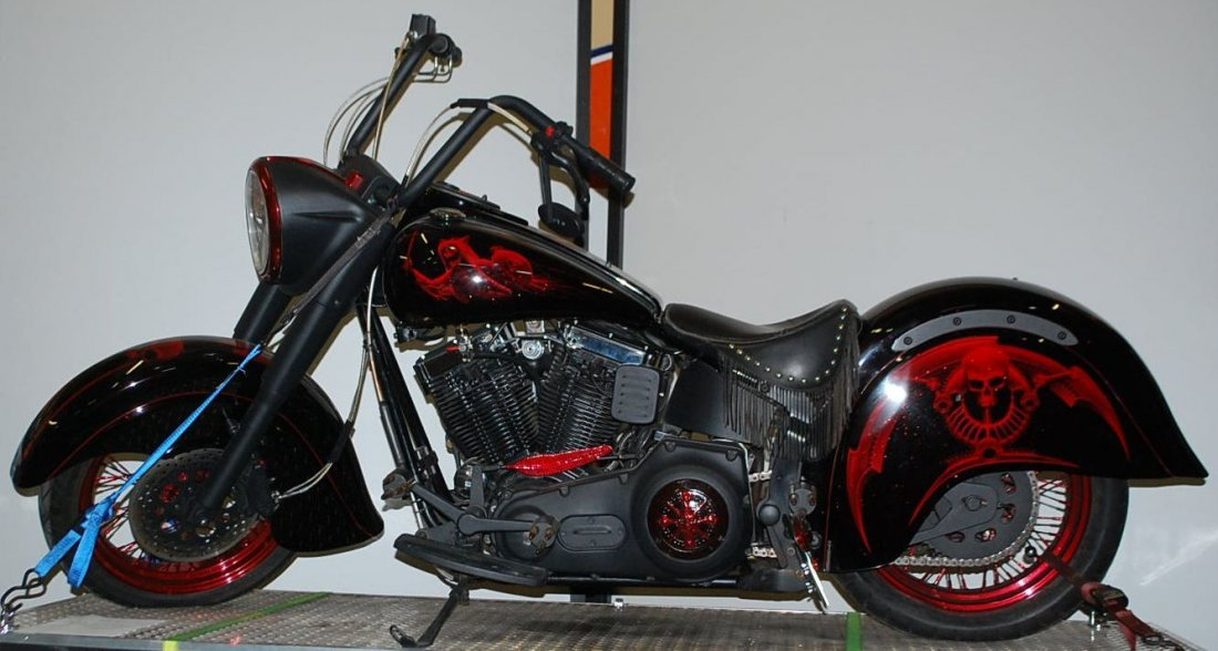 1999 INDIAN CHIEF CUSTOM MOTORCYCLE