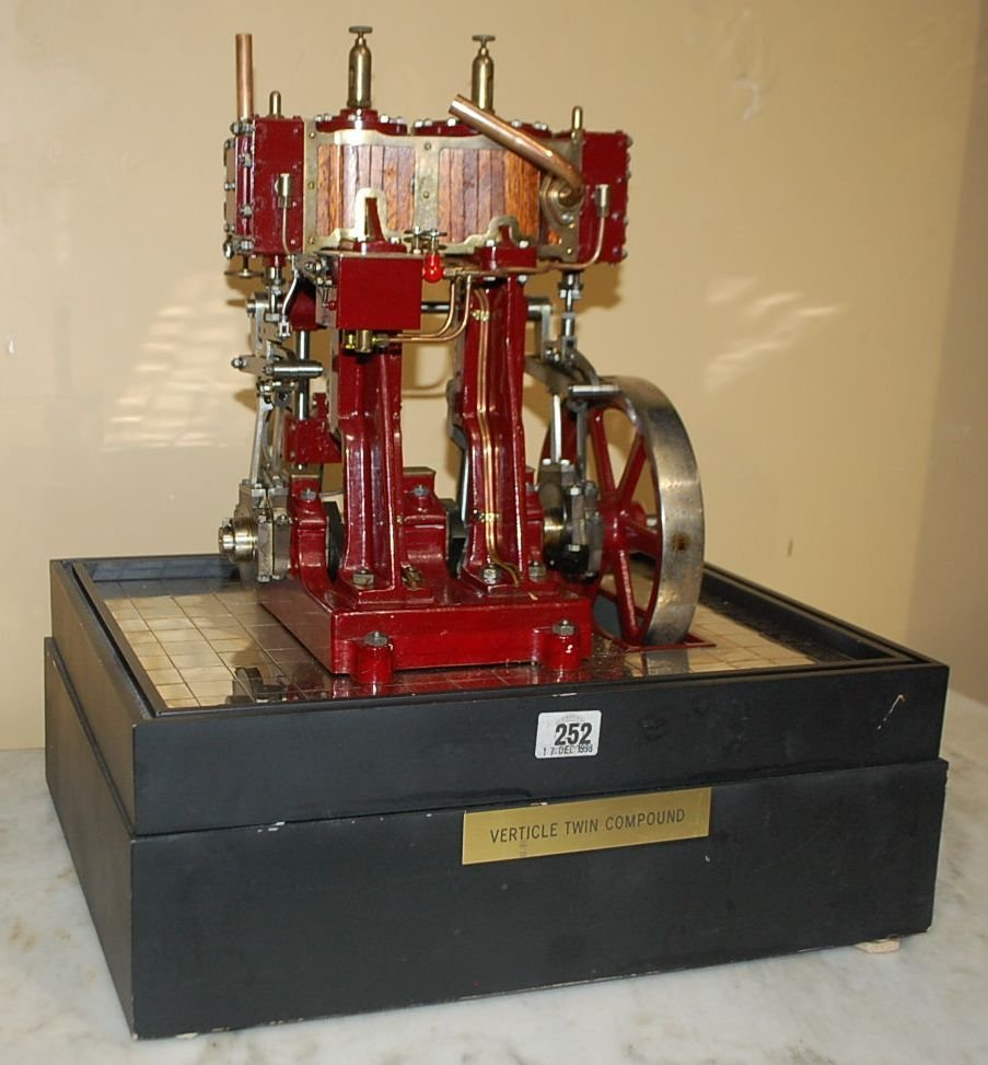 VERTICAL TWIN COMPOUND ENGINE MODEL