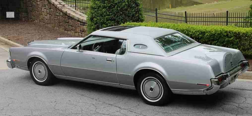 1973 LINCOLN CONTINENTAL SILVER EDITION MARK IV - 2