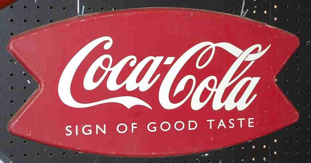 COCA COLA FISHTALE SIGN