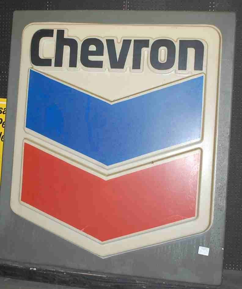 LARGE PLASTIC CHEVRON SIGN