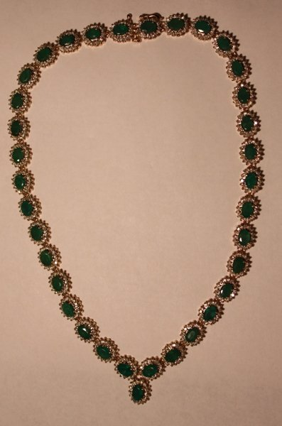 95: Emerald & Diamond Necklace - 35+ CTW