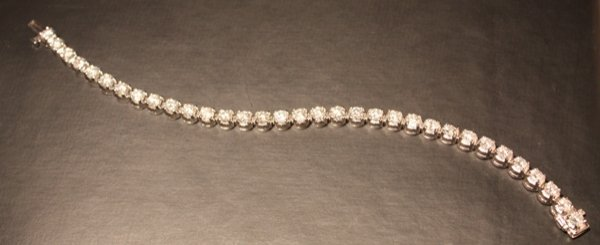 151: 9.59 Carat Total Weight Diamond Tennis Bracelet
