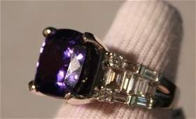 87: Tanzanite & Diamond Ring - 11+ct Tanz. w/ 1+ctw Dia