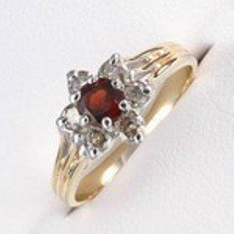 12: 1 ctw Garnet & Diamond 10K Gold Ring