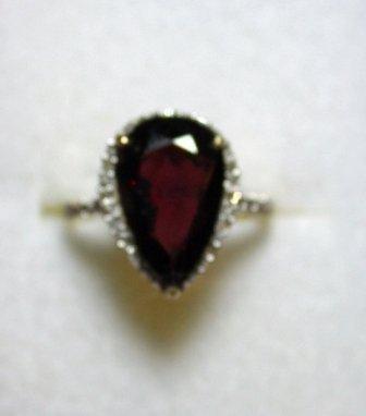 Garnet & Diamond Ring 5.95ct Garnet w/ .15ctw Dia