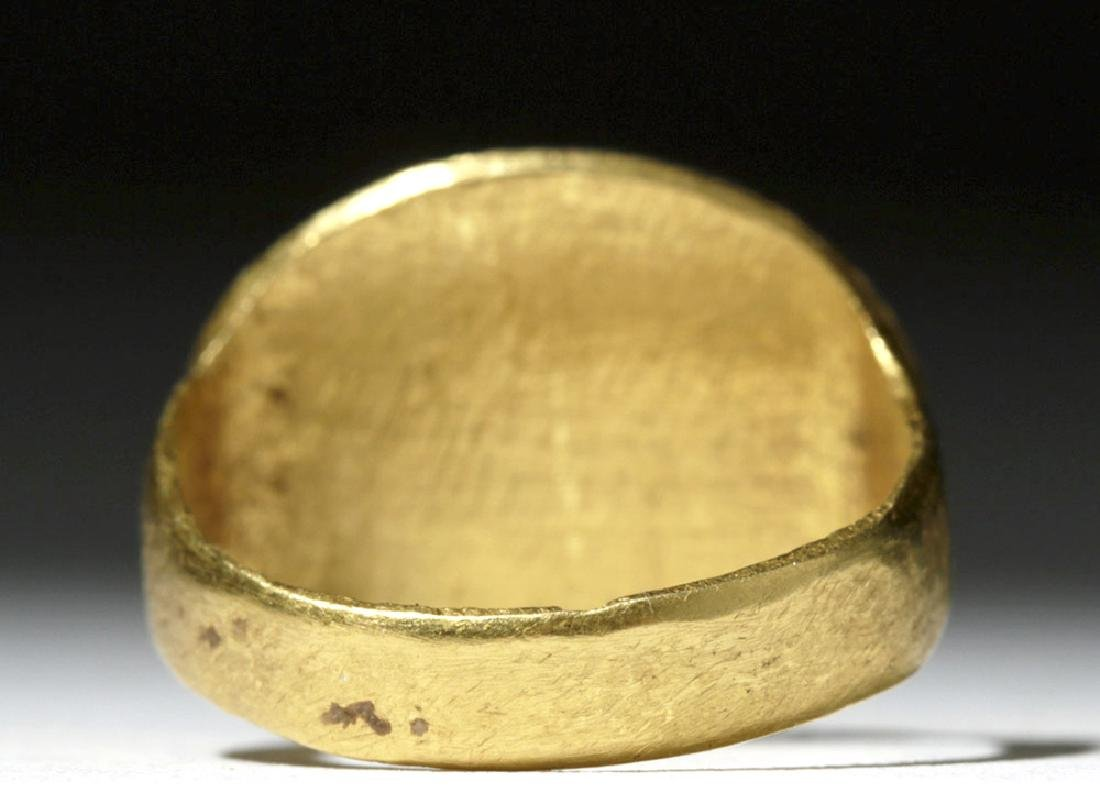 Ancient Roman 18K+ Gold / Dark Red Glass Ring - 3