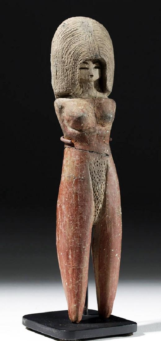 Large / Important Valdivian Pottery Venus Figure