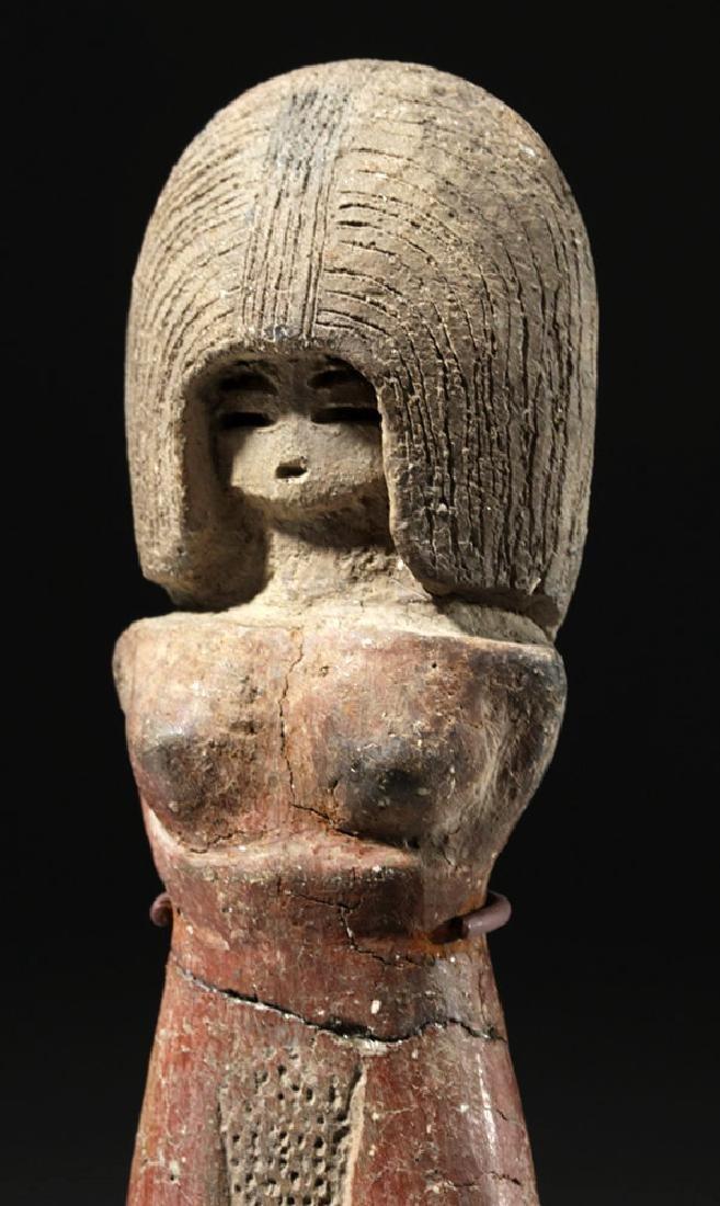 Large / Important Valdivian Pottery Venus Figure - 4