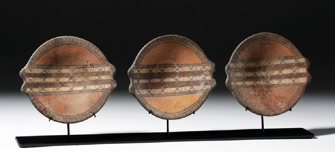Trio of Near-Matching Inca Polychrome Plates - 4