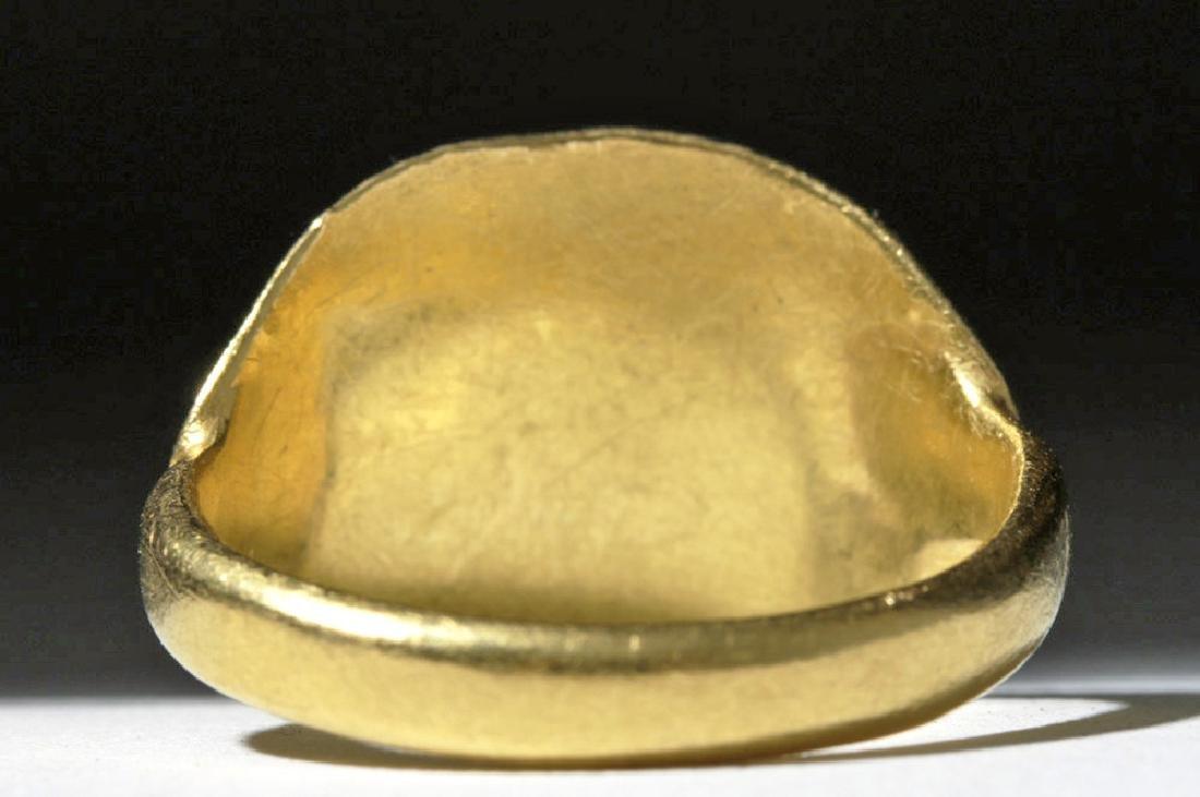 9th C. Byzantine 24K Gold Ring - Angels & Christ Child - 3