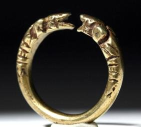 Achaemenid 14K Gold Ring with Animal Heads