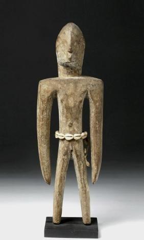 Early 20th C. Borneo Dayak Wood Hampatong Figure