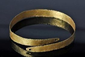 Roman High Karat Gold Strap Armlet or Bracelet
