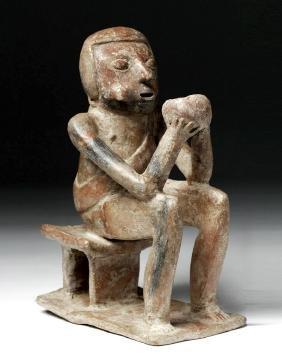 Ancient Ecuadoran Carchi Pottery Seated Coca Chewer