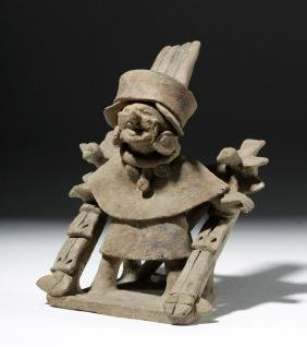 Veracruz Pottery Noble Standing on a Litter
