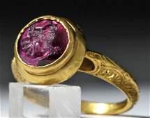 Lovely Byzantine Gold Ring w/ Ruby Intaglio