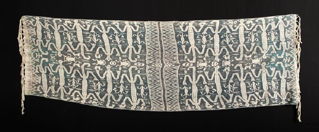 20th C. Indonesian Fabric Ikat Cloth - Frogs & Lizards - 3