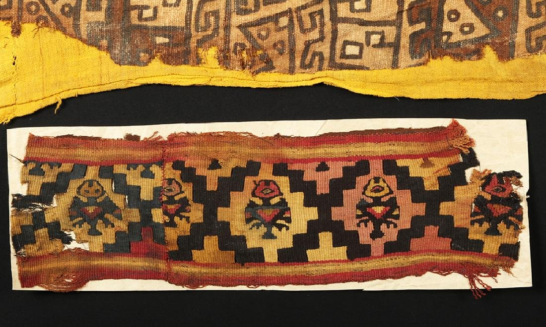 Pair of Ancient Chancay Textile Fragments - Zoomorphs - 3