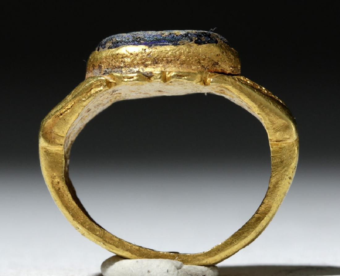 Roman 18K Gold Ring w/ Blue Glass Intaglio - 5