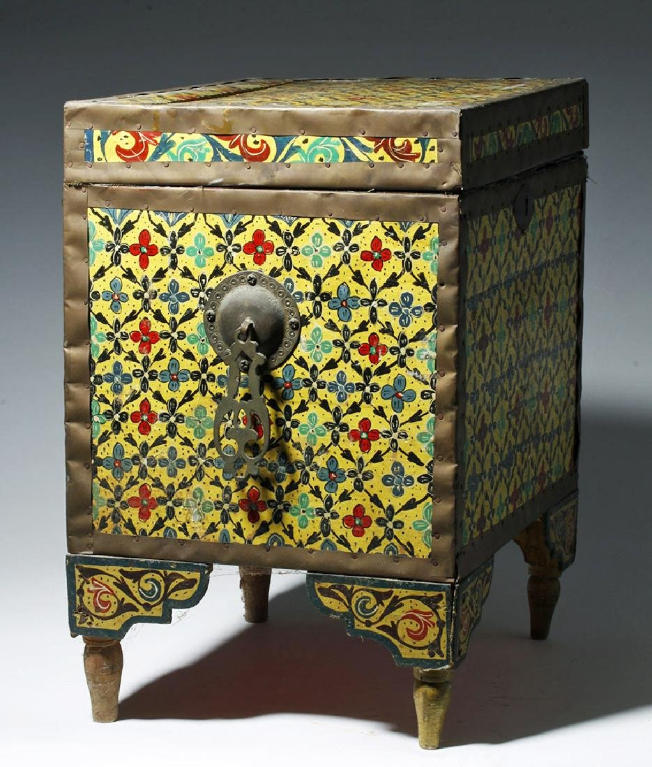 20th C. Latin American Painted Wood Trunk - 2