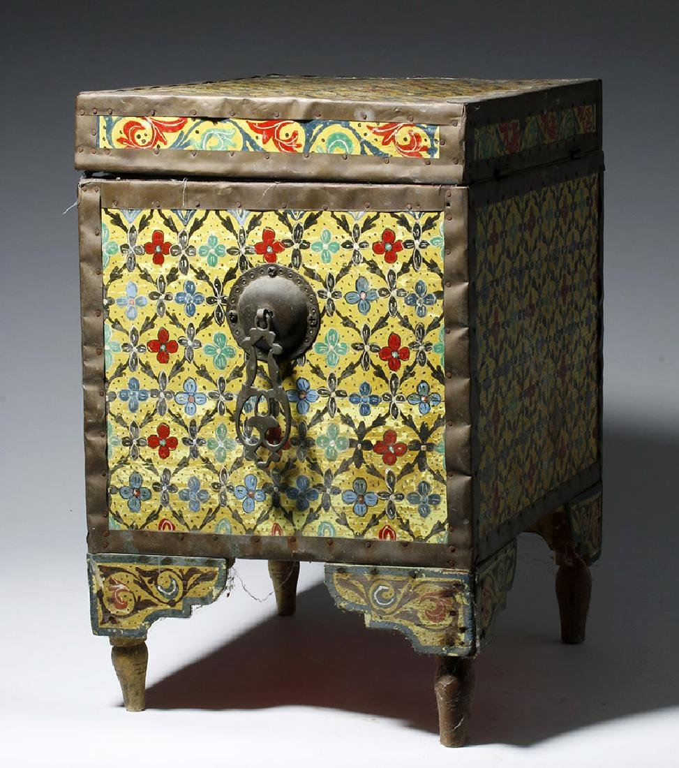20th C. Latin American Painted Wood Trunk - 4