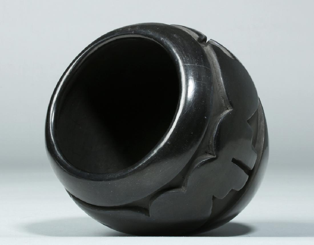 Santa Clara Pueblo Blackware Jar w/ Avanyu, Mida Tafoya - 5