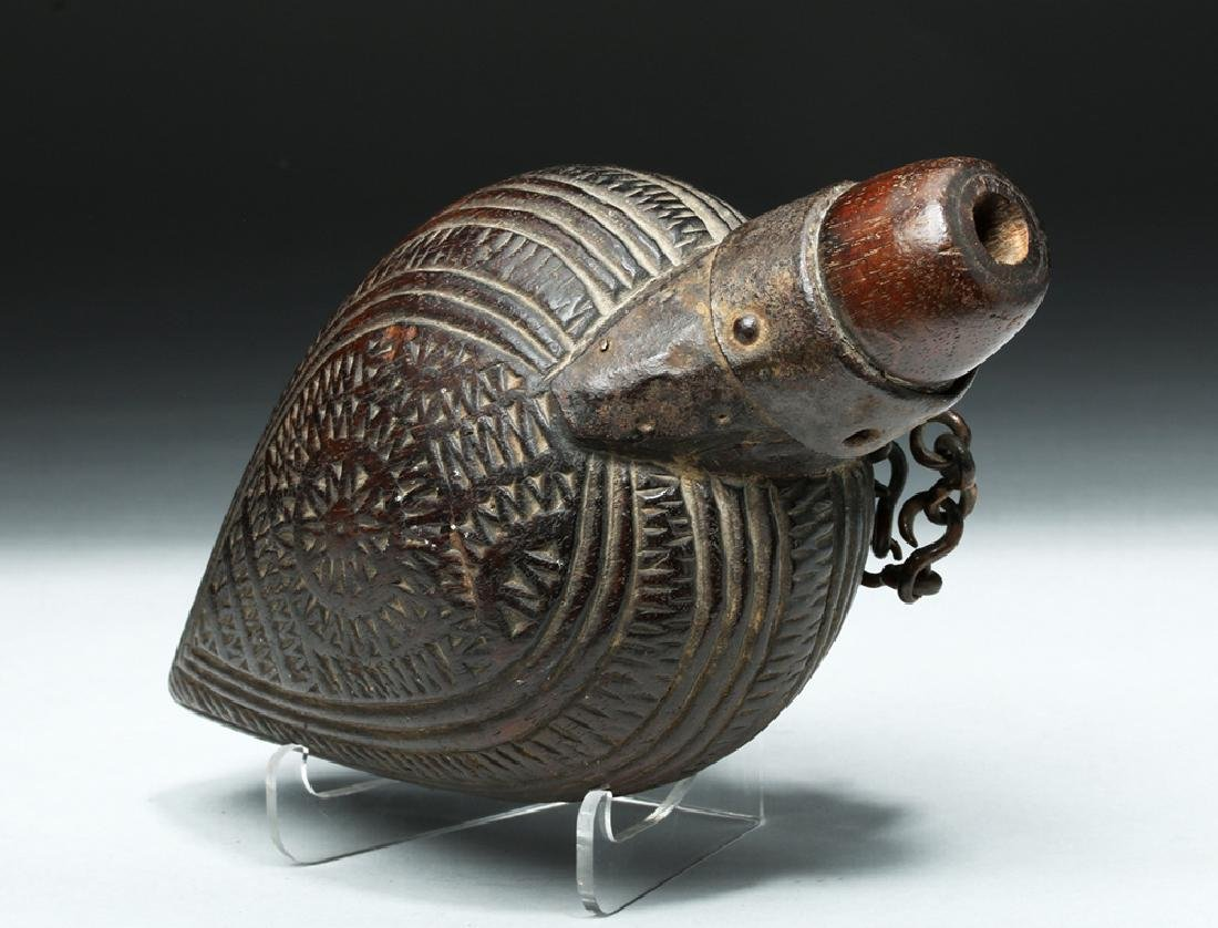 Rare 18th C. Spanish Colonial Mexican Powder Flask