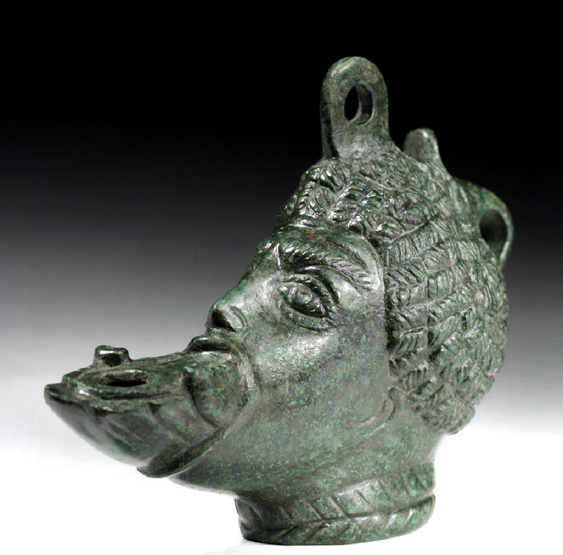 Exceptional Roman Bronze Oil Lamp - Nubian - 2