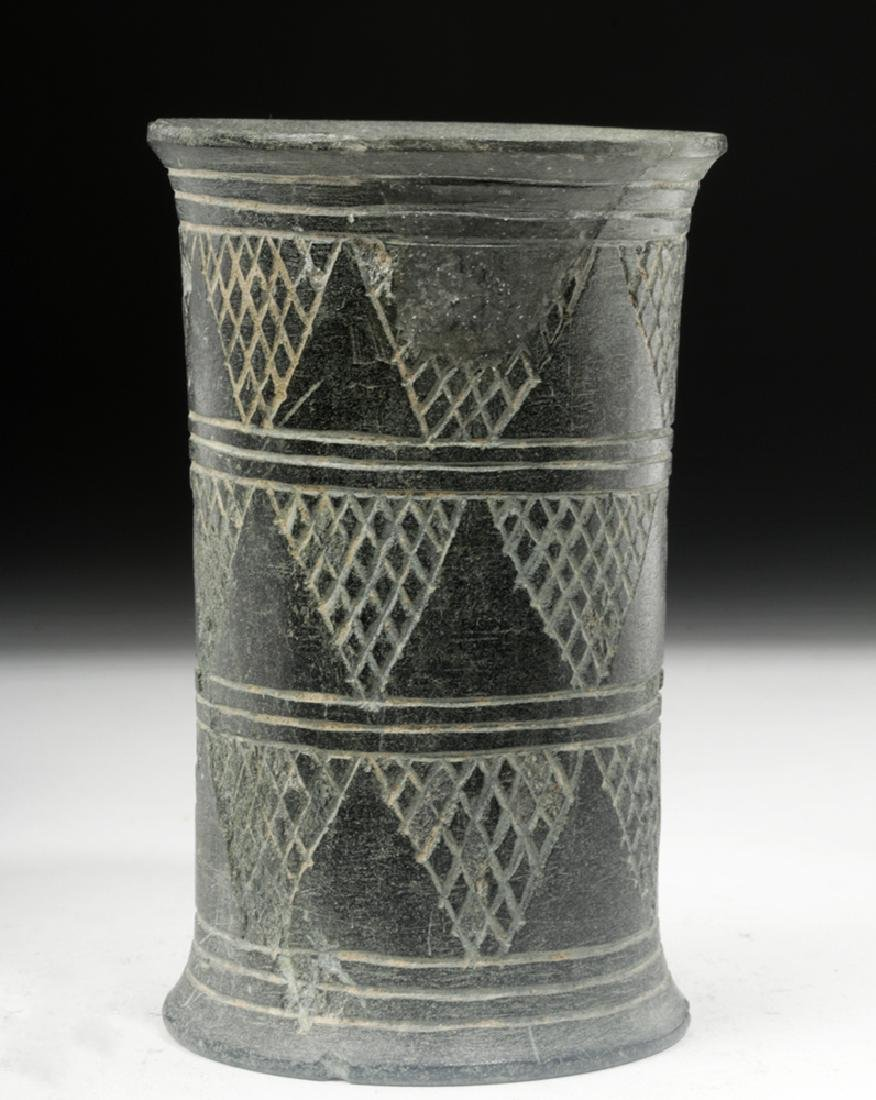 Bactrian Incised Green Schist Beaker, Cylindrical Form - 3