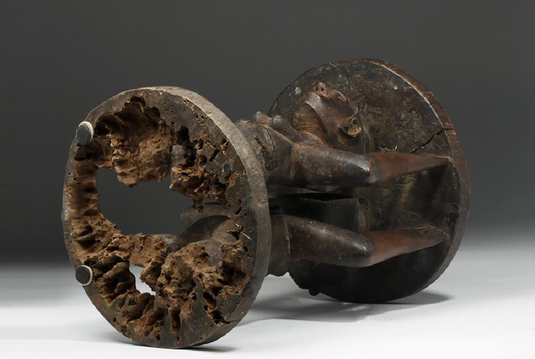 Important Luba/Kusu Janiform Wood Caryatid Stool - 7