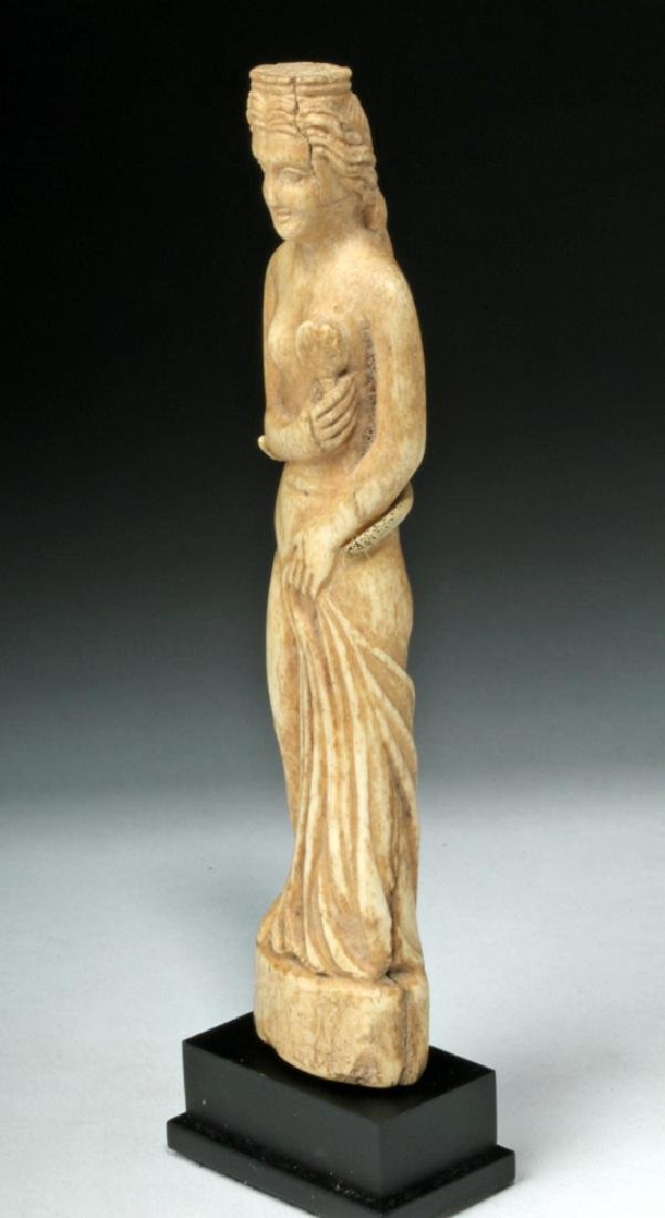 Beautiful Roman Bone Statuette of Venus - 2