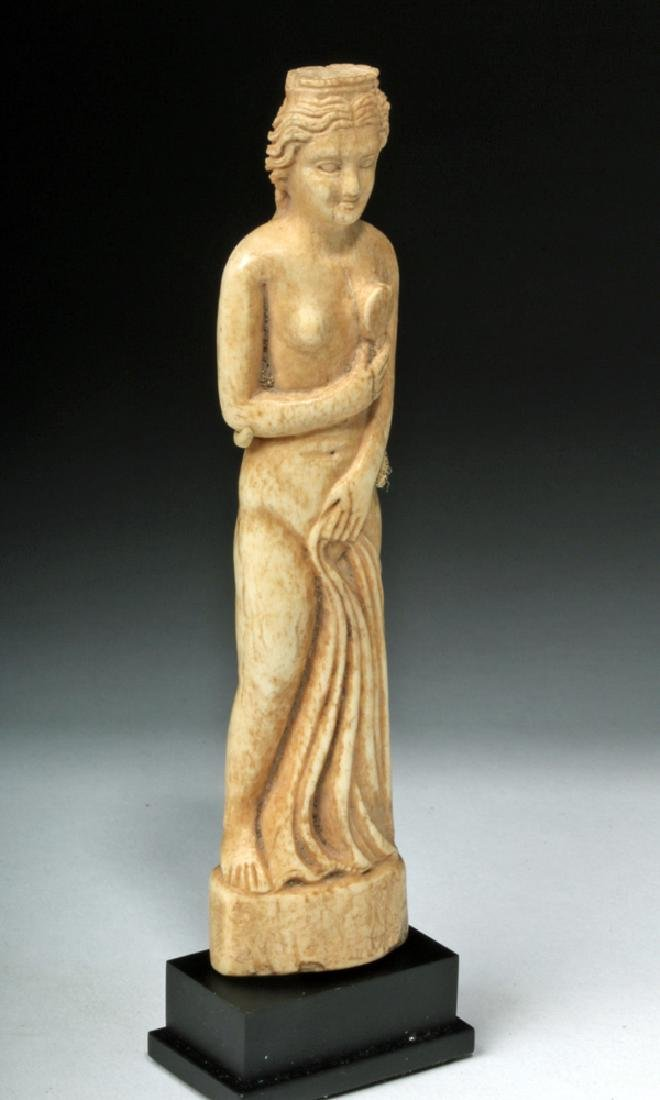 Beautiful Roman Bone Statuette of Venus - 5