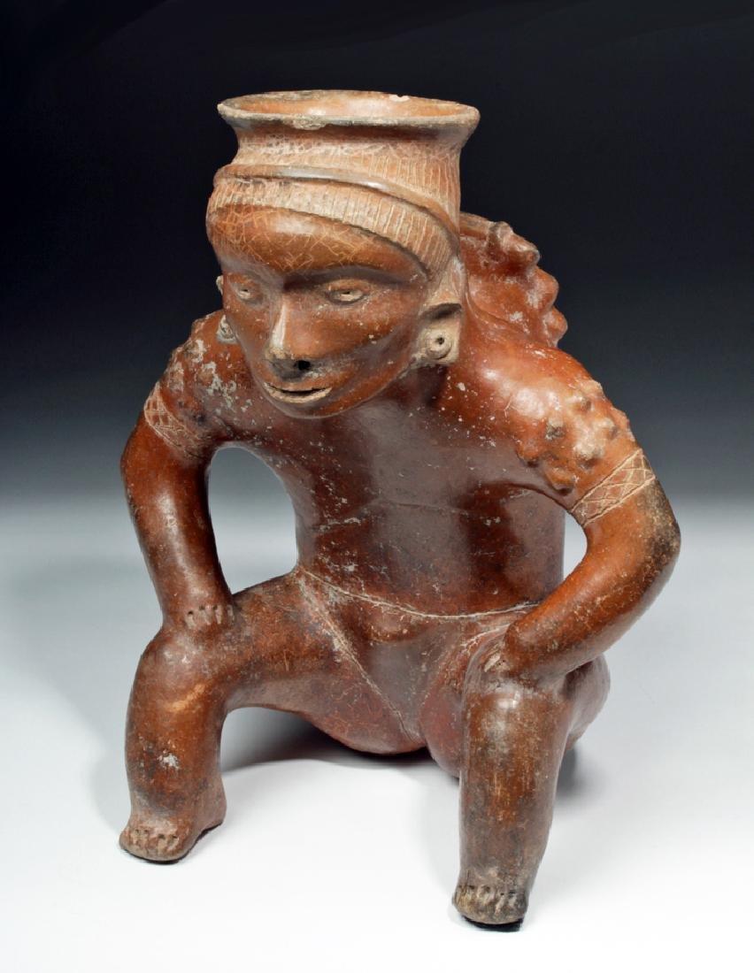 Important Colima Pihuamo Cargador Seated Figure
