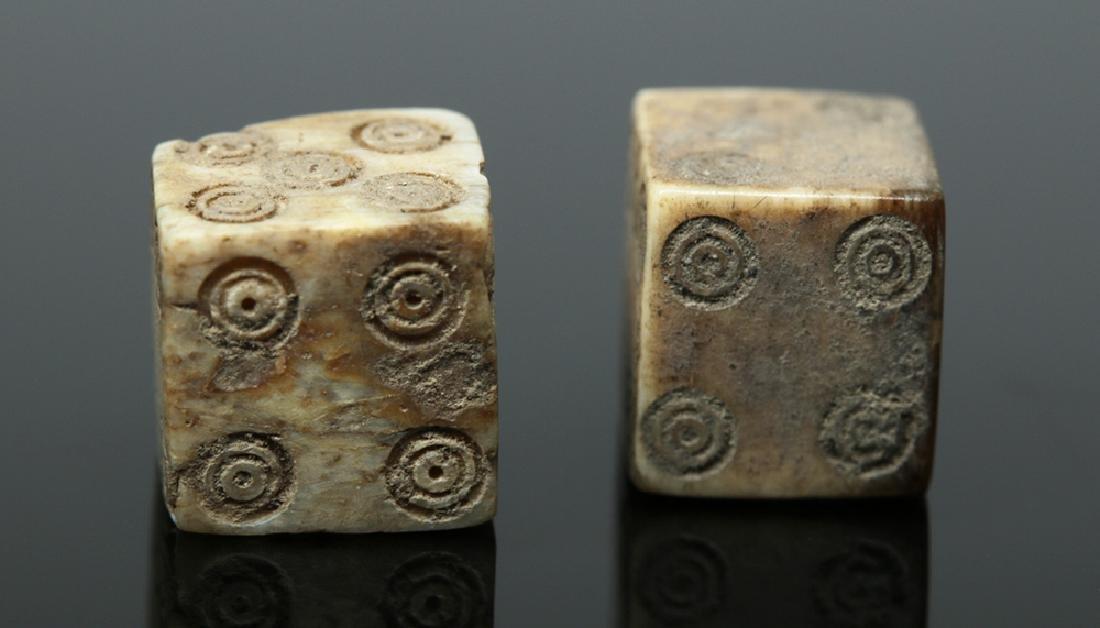 Pair of Roman Bone Gaming Dice - 4
