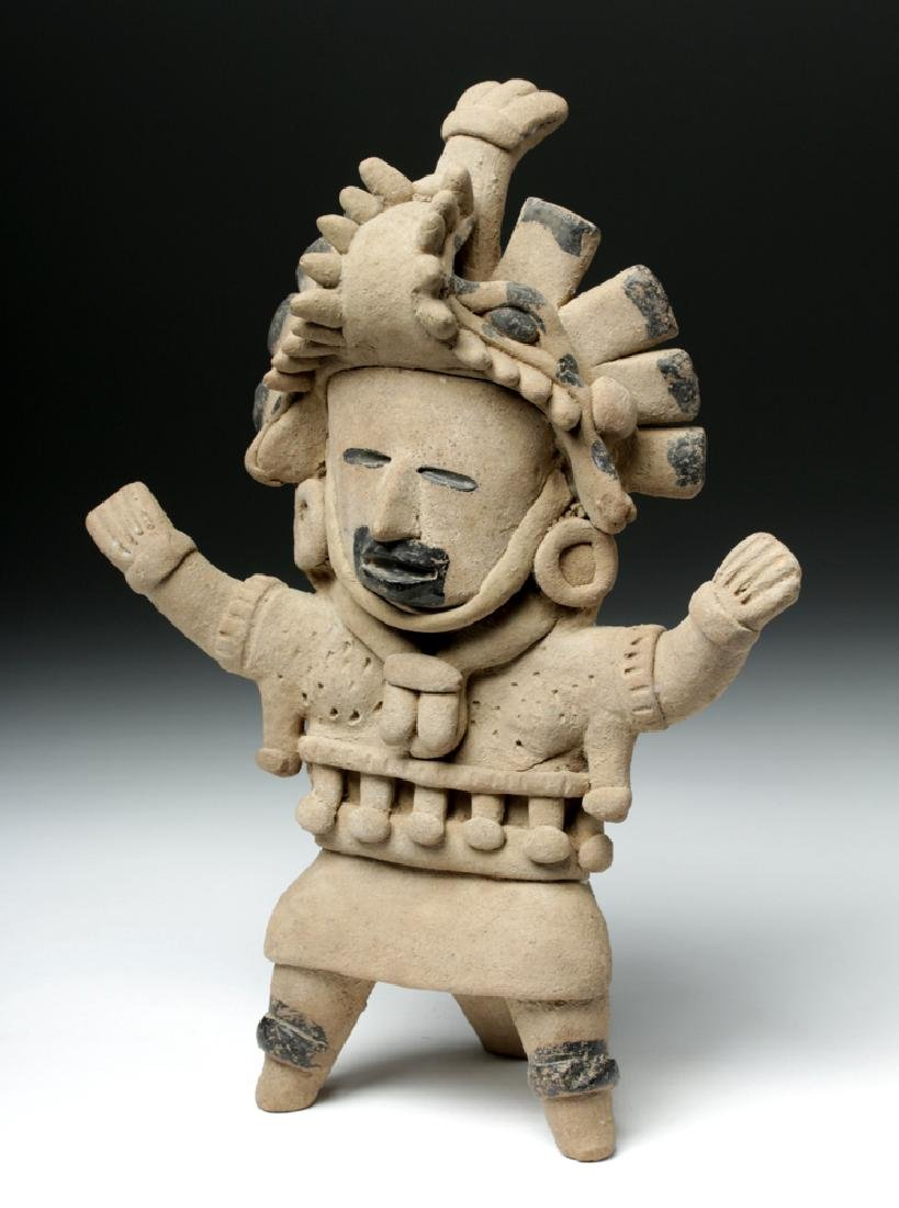 Superb Veracruz Pottery Standing Woman - 2